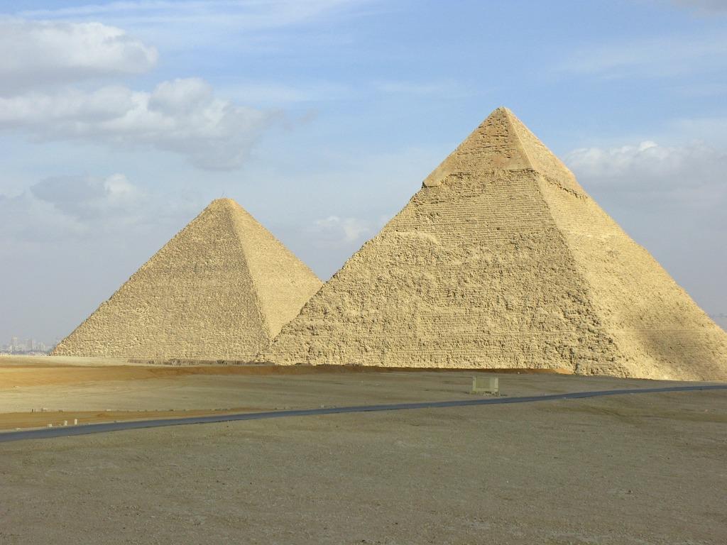 is mlm a pyramid scheme